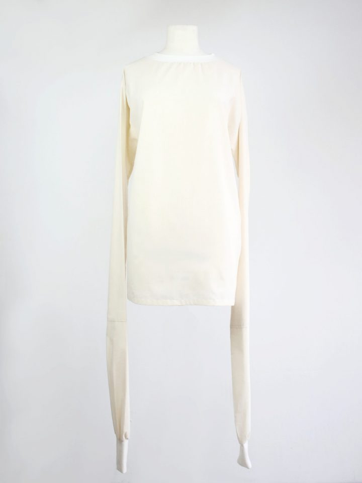 Unisex fashion tailored in Reykjavik - Svartbysvart originals Long Sleeve Top